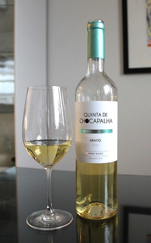 Portugalilainen valkoviini Quinta de Chocapalha Arinto 2016