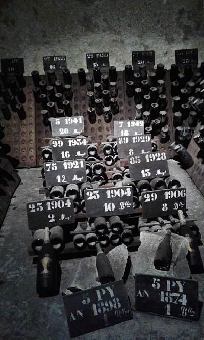 Samppanjan vanhoja vuosikertoja, Viinihetki