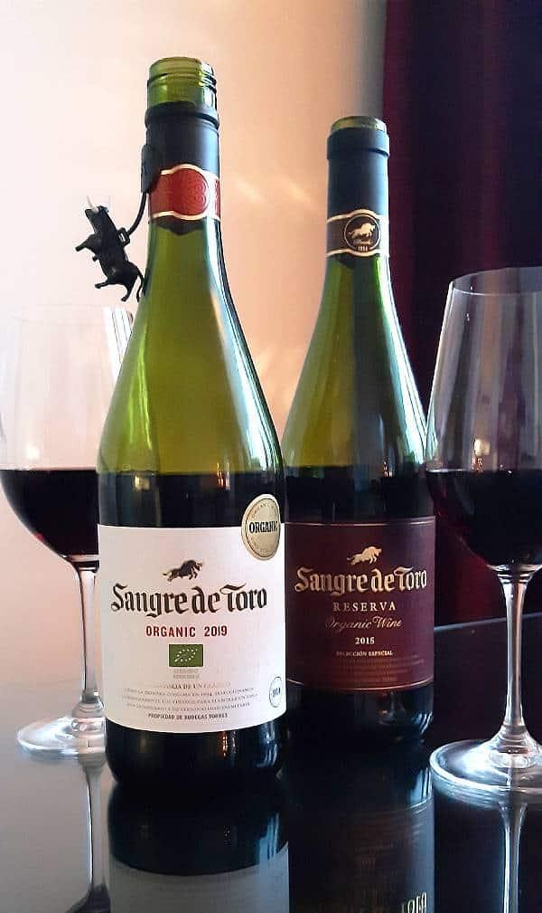Klassikkoviini Sangre de Toro Original Organic 2019   ja Torres Sangre de Toro Resrrva 2015, Viinihetki