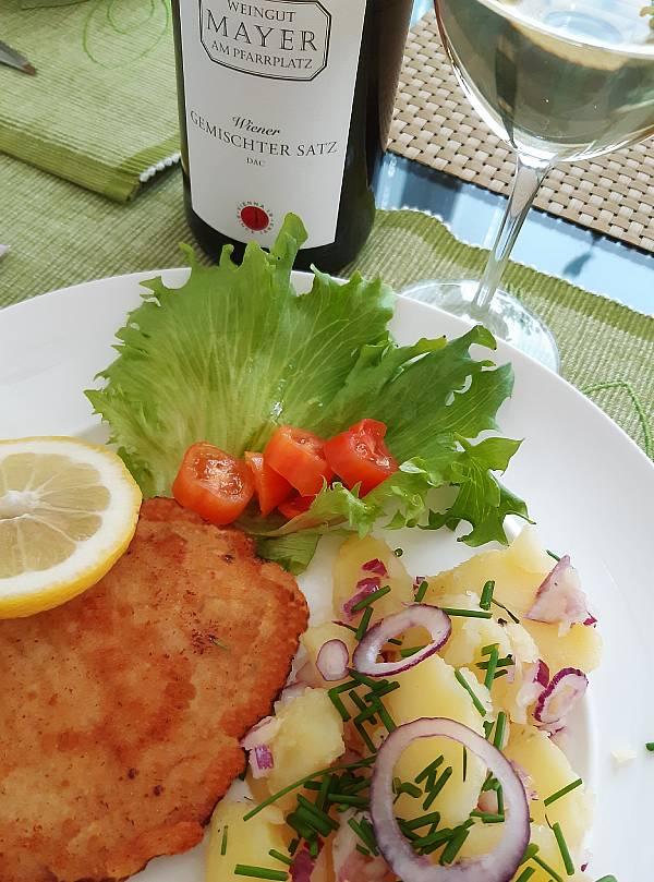 Wieninleike, wieniläinen perunasalaatti ja Gemischter satz, Viinihetki